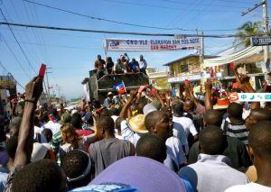 政治-海地